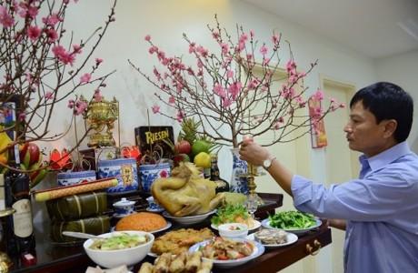Văn khấn Lễ Giao Thừa trong nhà và cách sắm lễ cúng bàn thờ