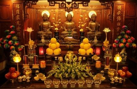 Hải Phòng: Lễ tắm Phật tại tư gia