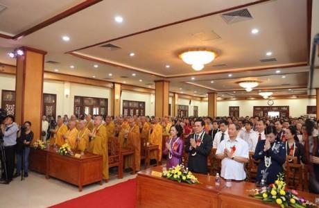 Hà Nội: Đại lễ Phật đản PL.2561 tại trụ sở GHPGVN
