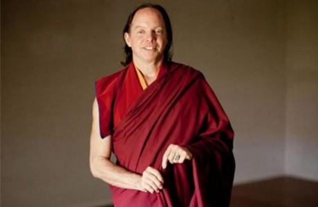 Tiến sĩ Mỹ chỉ ra 7 lợi ích khi thiền và Yoga mỗi ngày