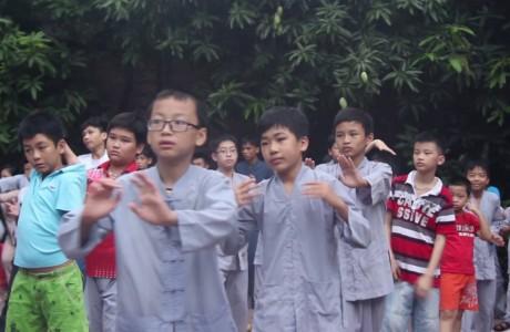 Hải Dương: Những bài học ý nghĩa tại khóa tu đạo đức mùa hè ở chùa Kẻ Sặt
