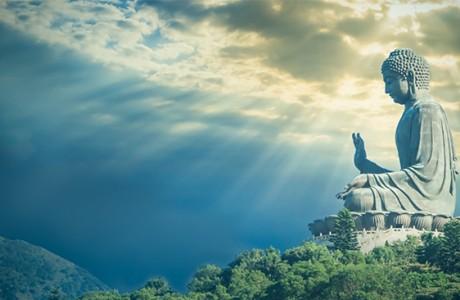 Một lần bất kính với Phật, quả báo 9 vạn năm